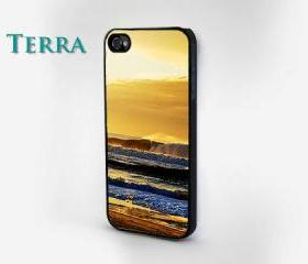 Beach Print - iphone 5 cases ocean wavesCool iPhone Cases- Cool iPhone Cases-- iPhone 4, iPhone 4s- Rubber Case